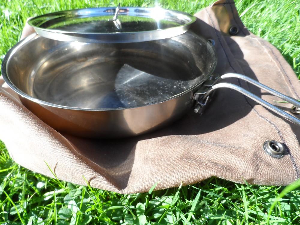 photo: Pathfinder Folding Skillet and Lid pot/pan