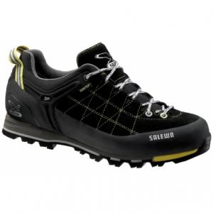 photo: Salewa Men's Mountain Trainer GTX approach shoe