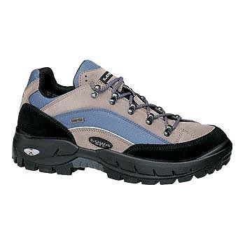 photo: Lowa Klondike Lo GTX trail shoe