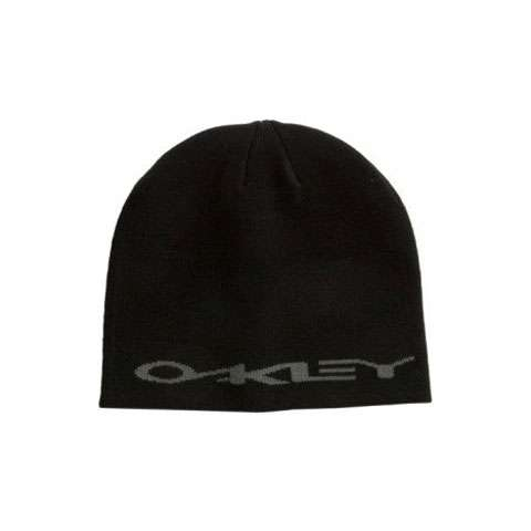 photo: Oakley Clean Stretch Beanie winter hat