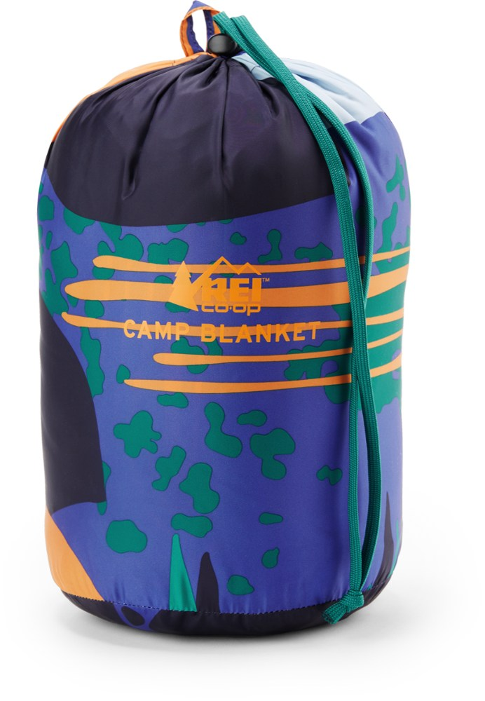photo: REI Camp Blanket top quilt