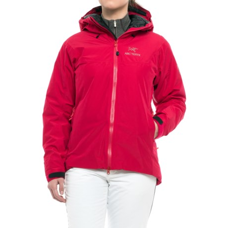 photo: Arc'teryx Women's Fission SL Jacket synthetic insulated jacket