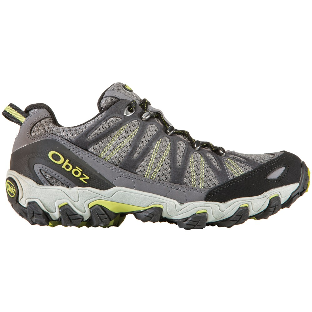 photo: Oboz Traverse Low trail shoe