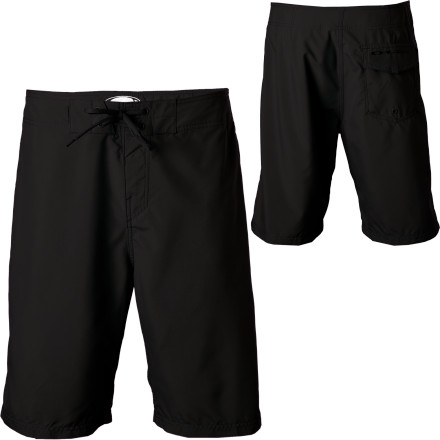 photo: Oakley Dredge Board Short active short