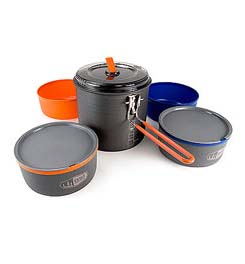 photo: GSI Outdoors Ultralight Dualist Cook System pot/pan