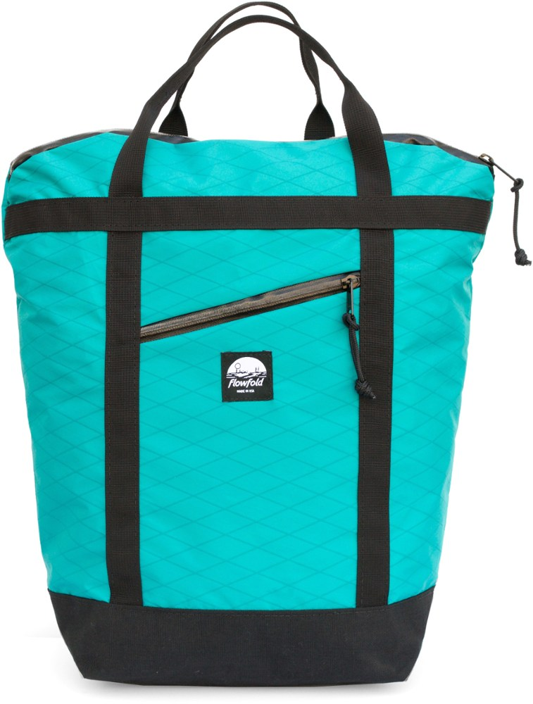 photo of a Flowfold daypack (under 2,000 cu in)