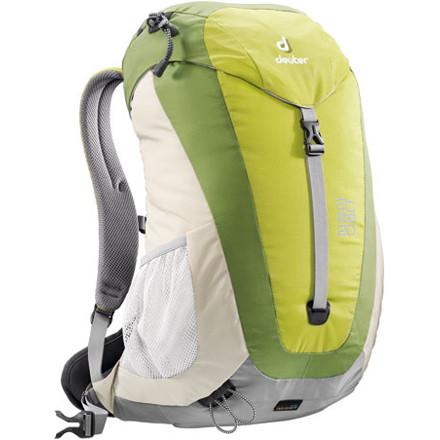 photo: Deuter AC Lite 20 daypack (under 2,000 cu in)