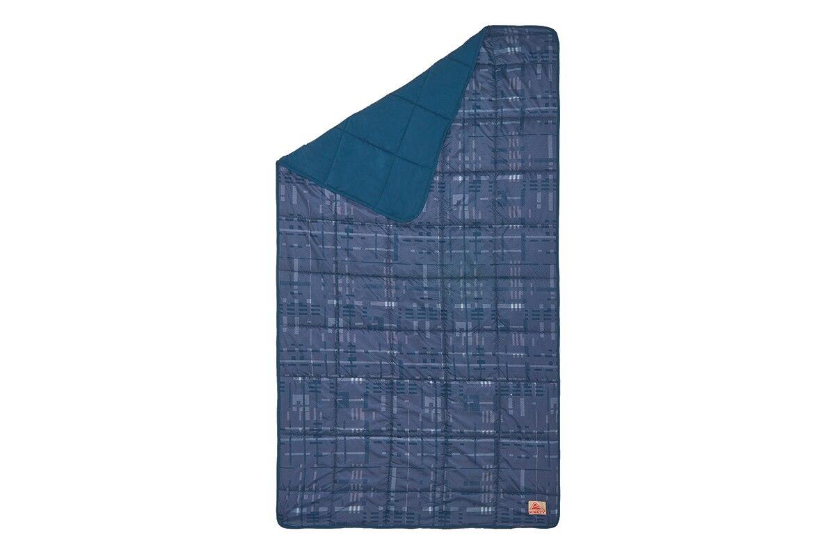 photo: Kelty Bestie Blanket top quilt