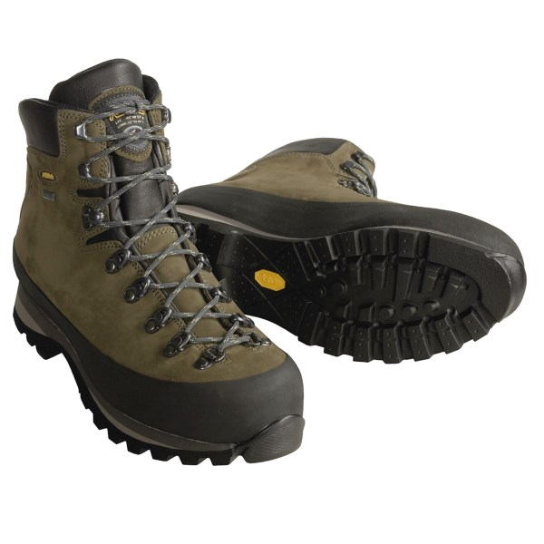 photo: Asolo Sasslong GV backpacking boot