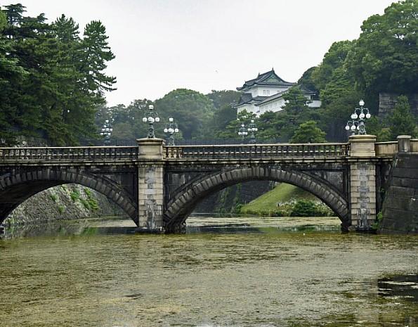 2-JapanImperGardn.jpg