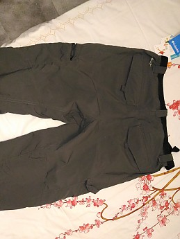 Back-velcro-pockets-grey-.jpg