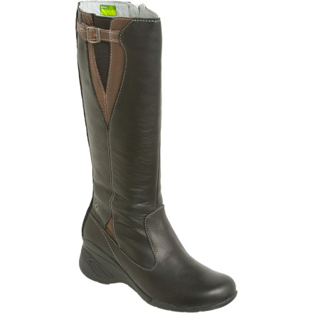 photo: Ahnu Grove Boot winter boot
