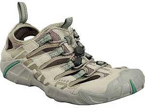 photo: Inov-8 Recolite 190 trail shoe