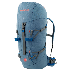 photo: Mammut Trea Nordwand 32 winter pack
