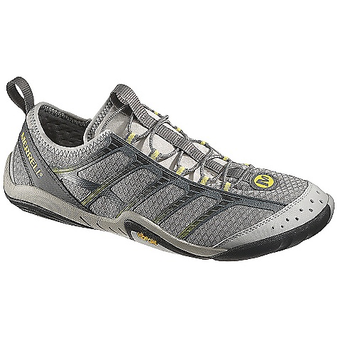 photo: Merrell Barefoot Water Torrent Glove barefoot / minimal shoe