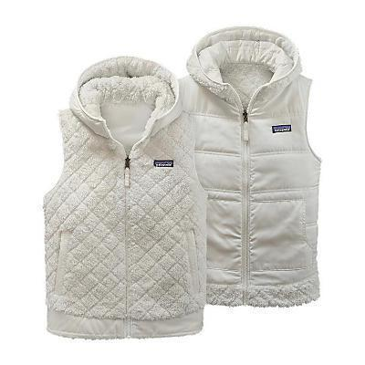 photo: Patagonia Los Gatos Hooded Fleece Vest fleece vest
