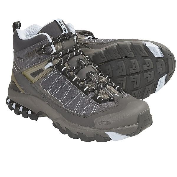 photo: Salomon Women's 3D Fastpacker Mid GTX hiking boot