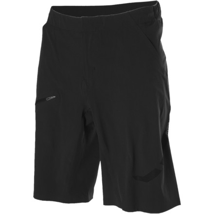 photo: Salomon Minim Exo Shorts hiking short